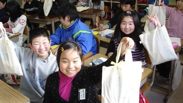 2011.11: Shipped relief supplies to elementary schools in Otsuchi Town, Iwate Prefecture