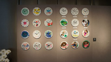 2011.12: Held exhibition of clocks made by children in the Tohoku region at the Seiko Museum in Ginza.